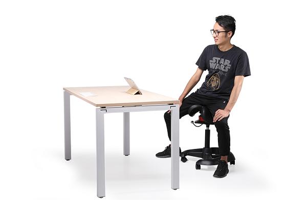 玛拉蒂郑州人体工学摩伽椅