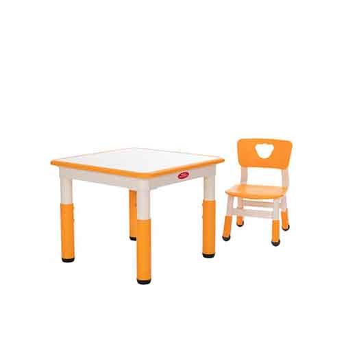 塑料儿童学习桌_幼儿园儿童学习桌