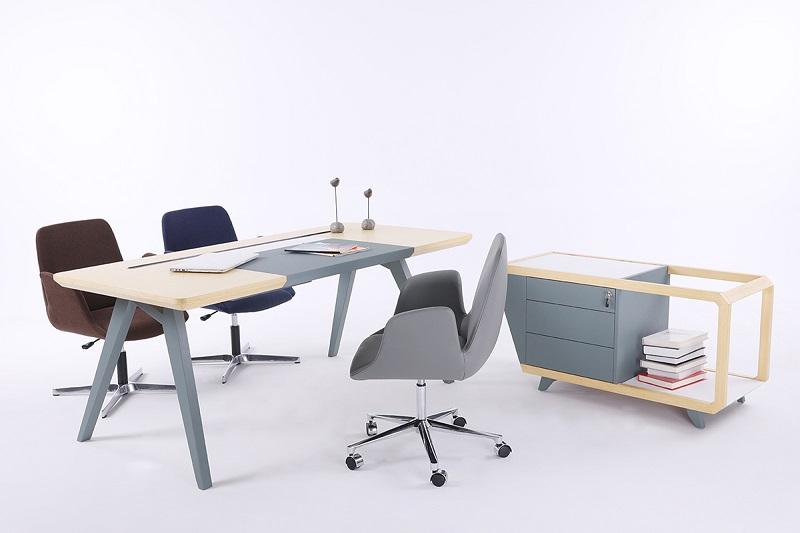 来自星沃的实木办公桌清洁护理常识